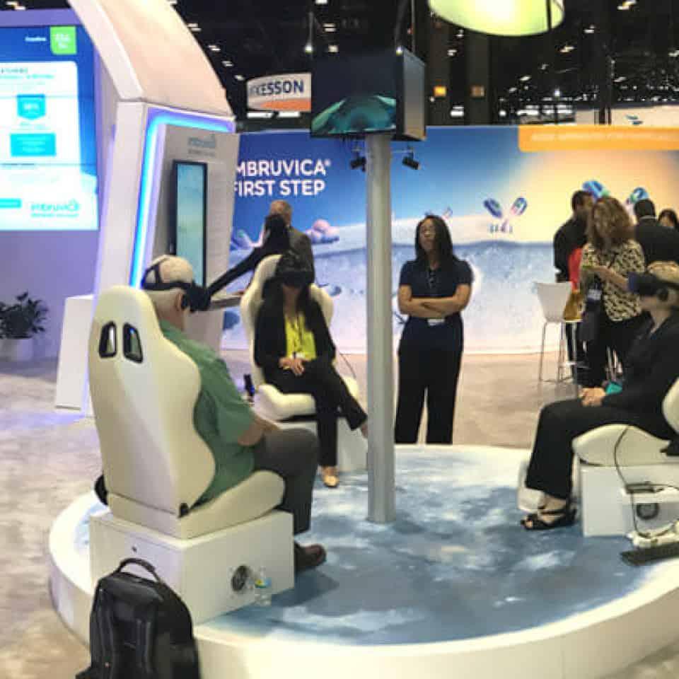 Training Expo 2020 Staff Using Virtual Reality - Virtual Events Platform, Software, Solutions